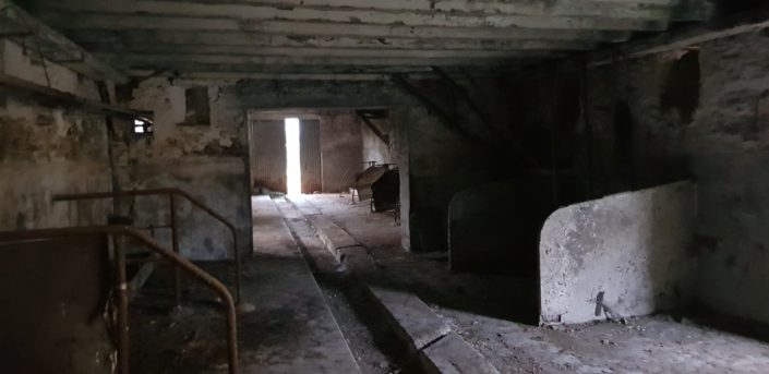 Rénovation d'une grange avec un étage, en pierre et ardoise naturelle à Plessé (44)