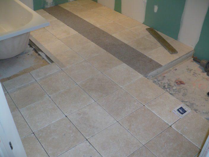 Rénovation isolation du sol avec de la pierre pour une salle de bain à Vigneux de Bretagne (44)